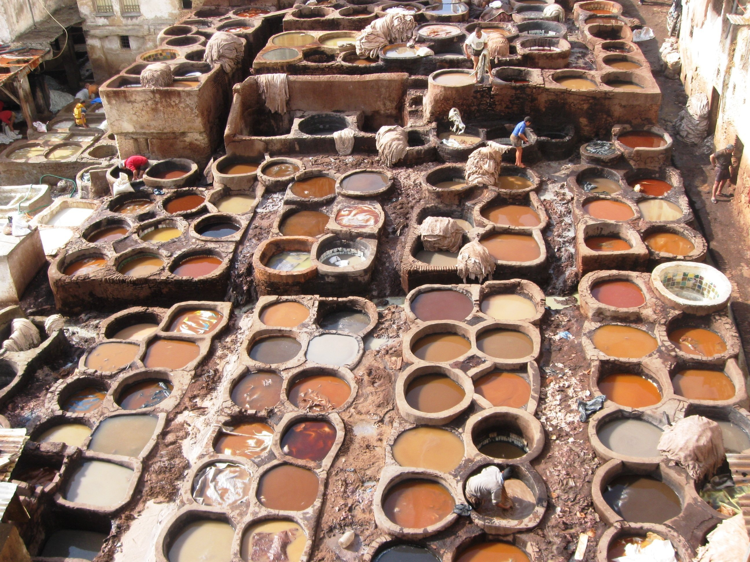 The leather tanneries of Fez. - A photo blog of Morocco