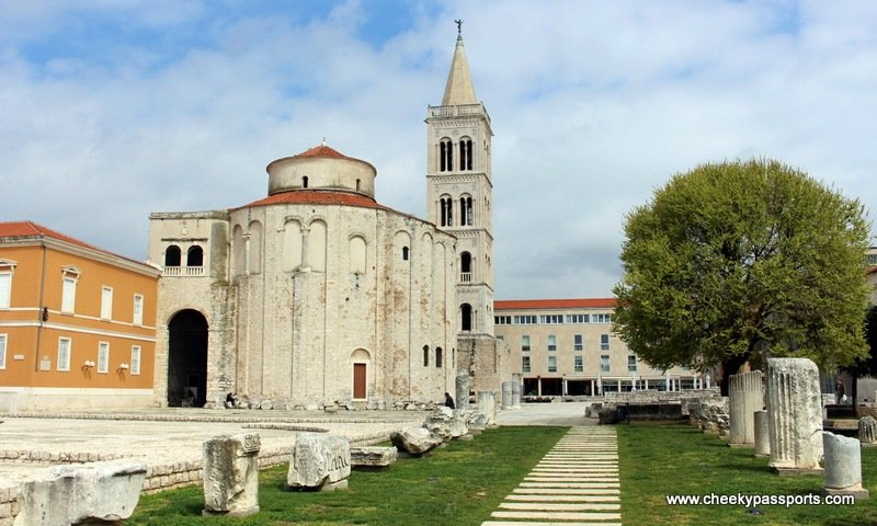 Path leading to St. Donat's church with a Roman forum - The Northern Dalmatian Coast - Places to Visit in Zadar