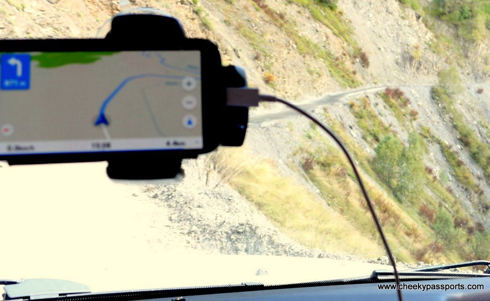 Using a printed road map vs. using a GPS