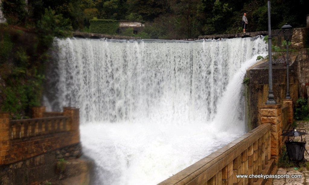 New Athos waterfall in Abkhazia - Visiting Abkhazia