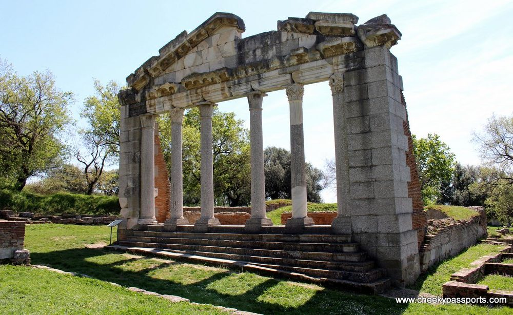 A Picnic in Ancient Apollonia – A Tale of Albanian Culture and Hospitality