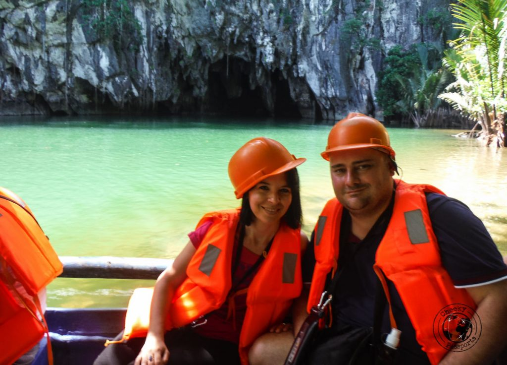 Nikki and Michelle upon entry to the Puerto Princesa Underground River