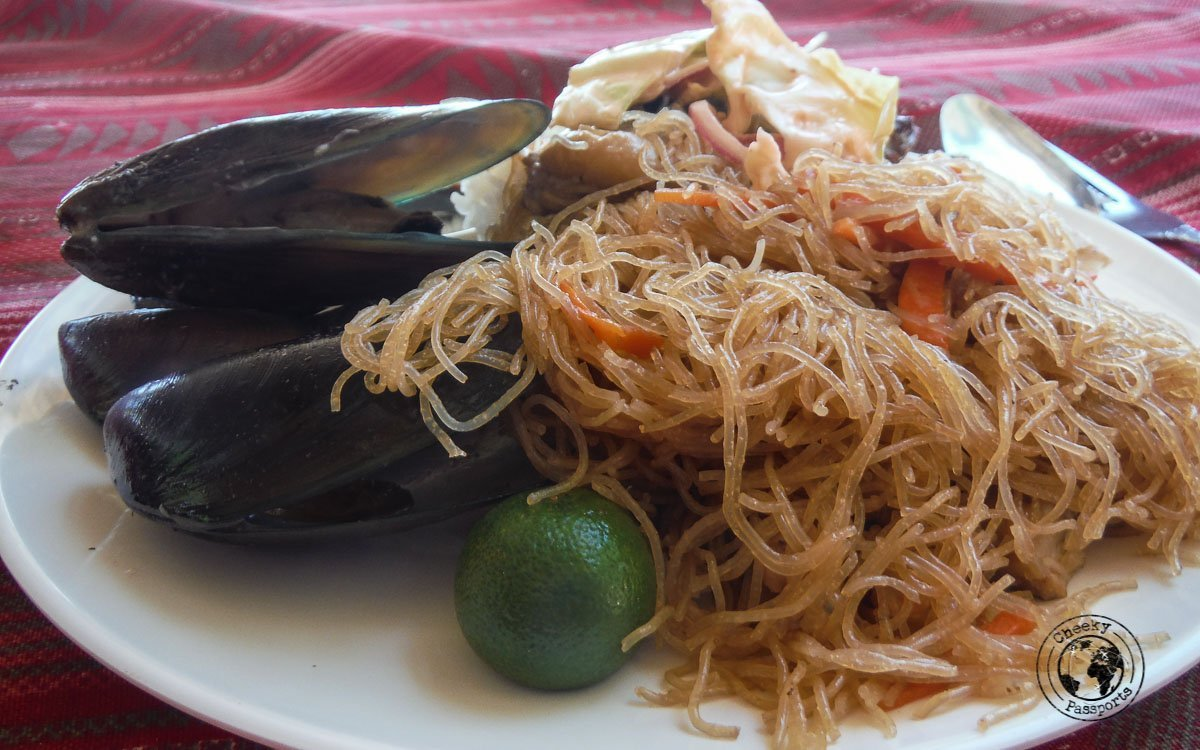 Tourist spots in Coron, Palawan - Food served during one of the Coron boat trips
