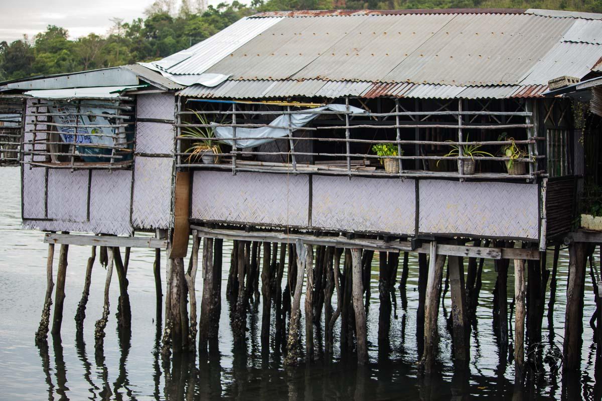 Tourist spots in Coron, Palawan - Accomodation on stilts at Coron Town