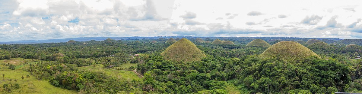 panoramic view of the chocolate hills, Bohol - the best and worst of Bohol