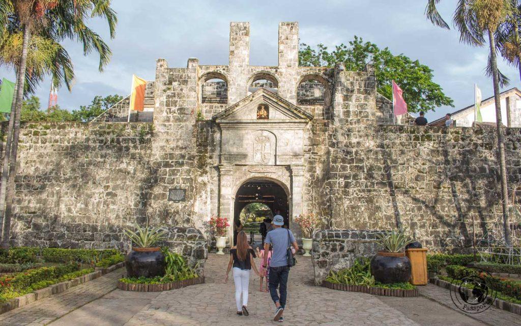 Cebu city walking tour, the San Pedro fort