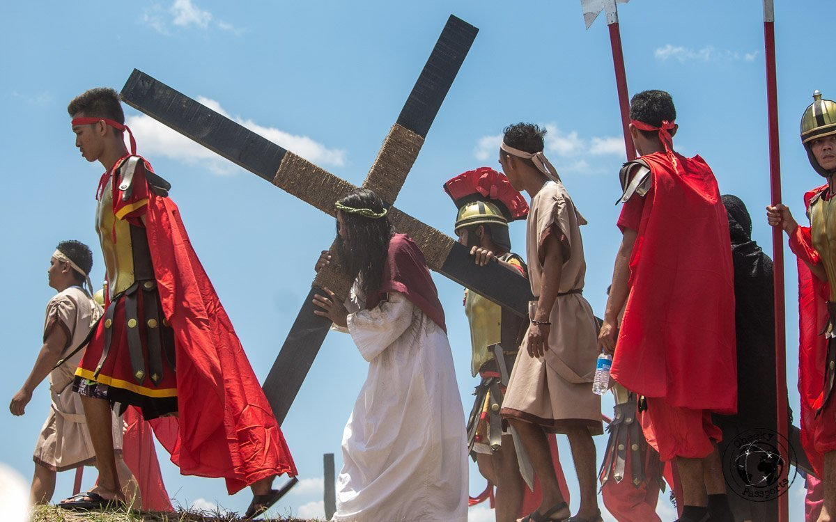 Jesus Christ carrying the cross - crucifixion at san pedro cutud