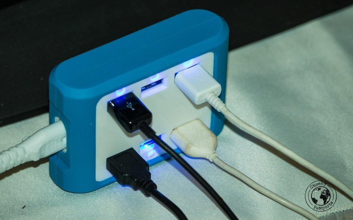multiple usb charging pod - Cheeky Passports Electronics packing list