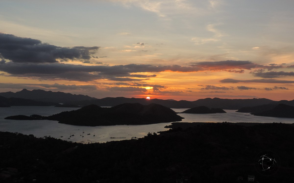 Tourist spots in Coron, Palawan - Sunset view from mount Tapias