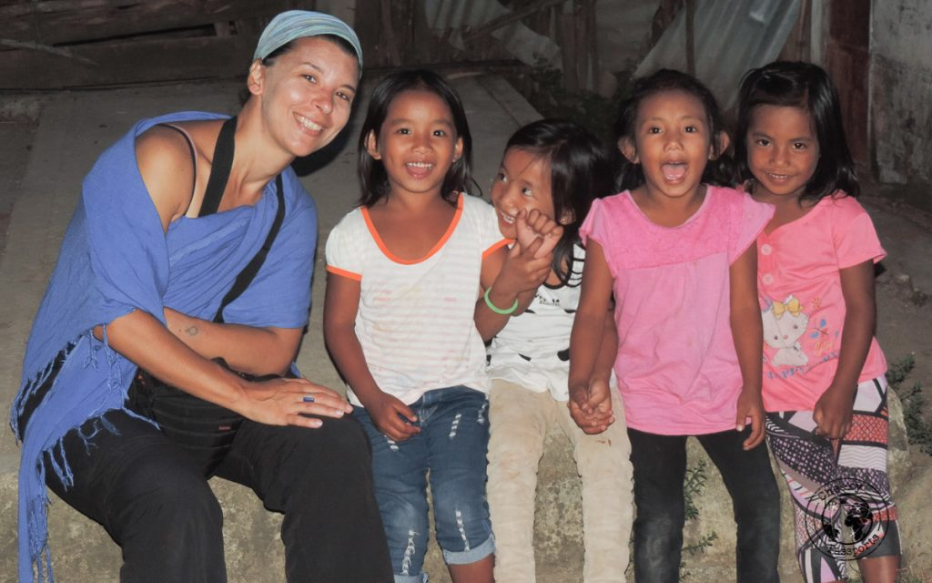 Michelle with local kids - Philippines travel tips