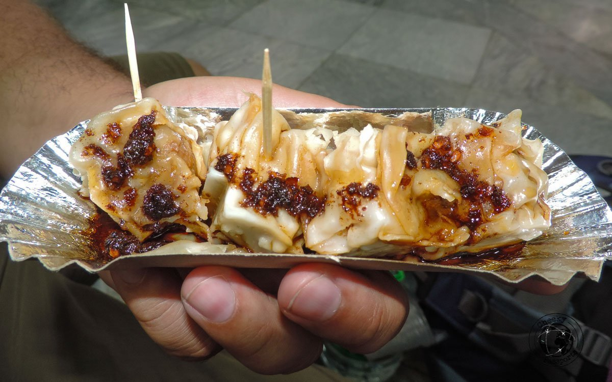Siomai - 'must try' street foods in the Philippines