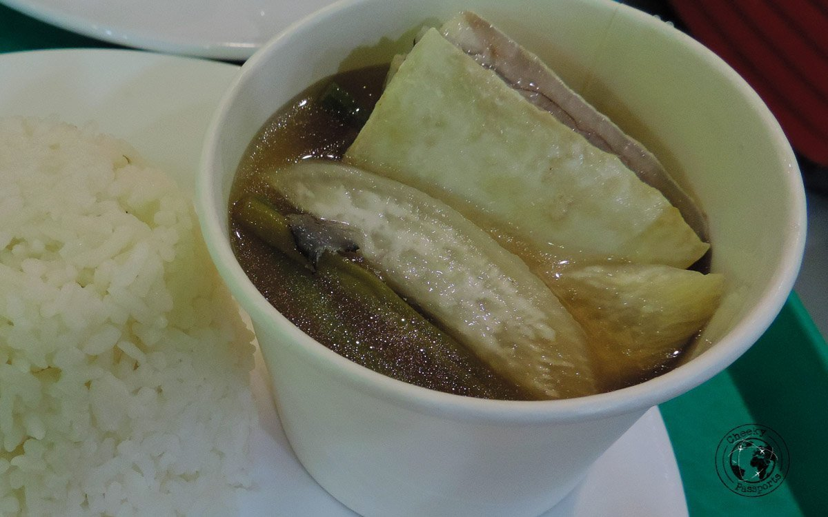 Sinigang - 'must try' street food Philippines
