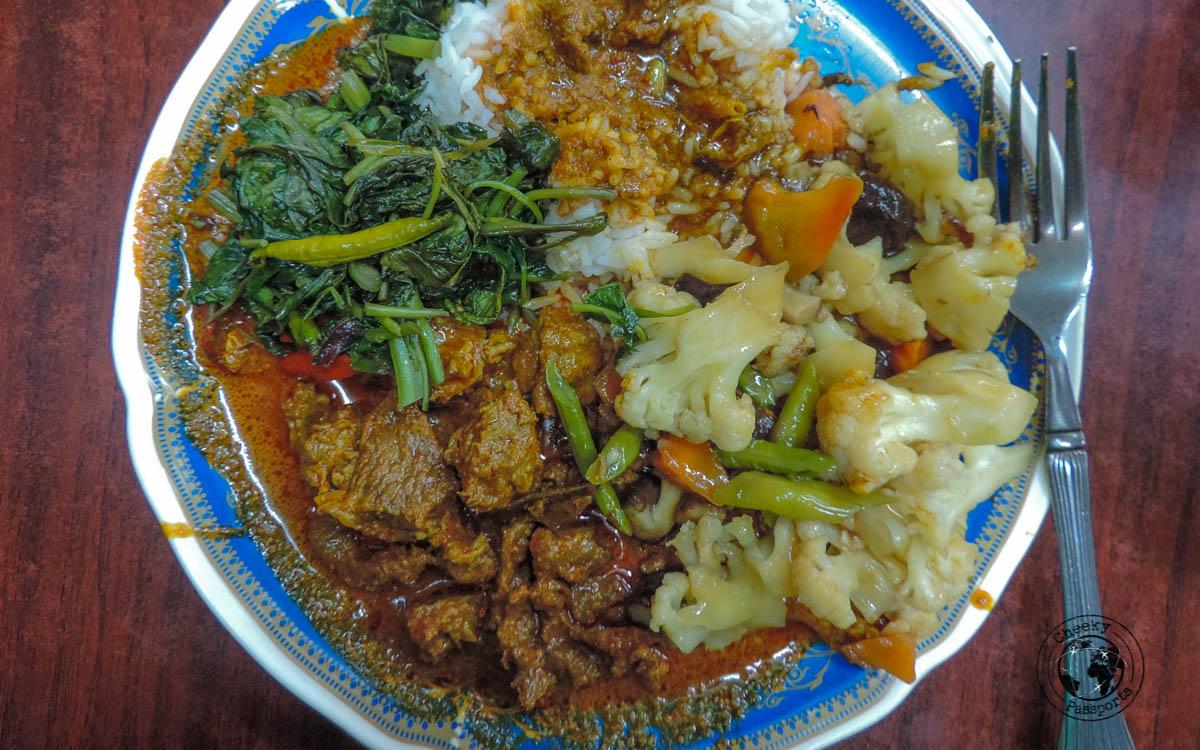 Nasi Kandar plate - Budget Restaurants in KL