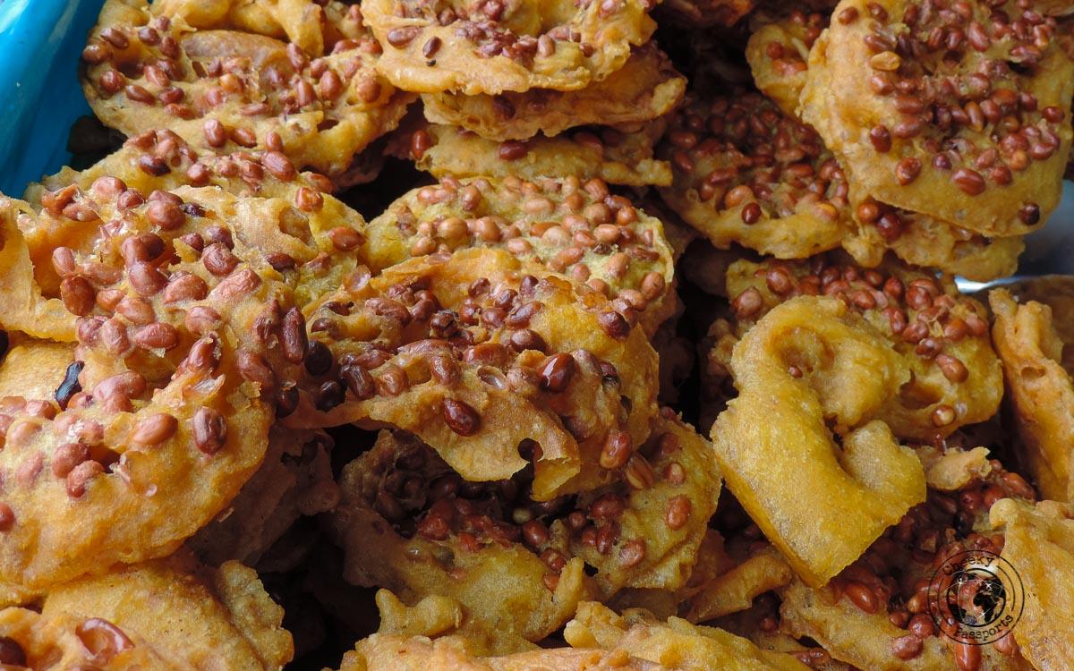 Rempeyek - street foods in Malaysia