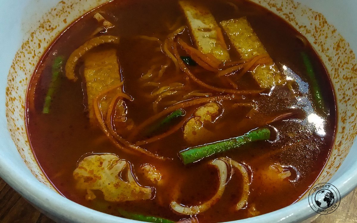 Tom Yum - street foods in Malaysia