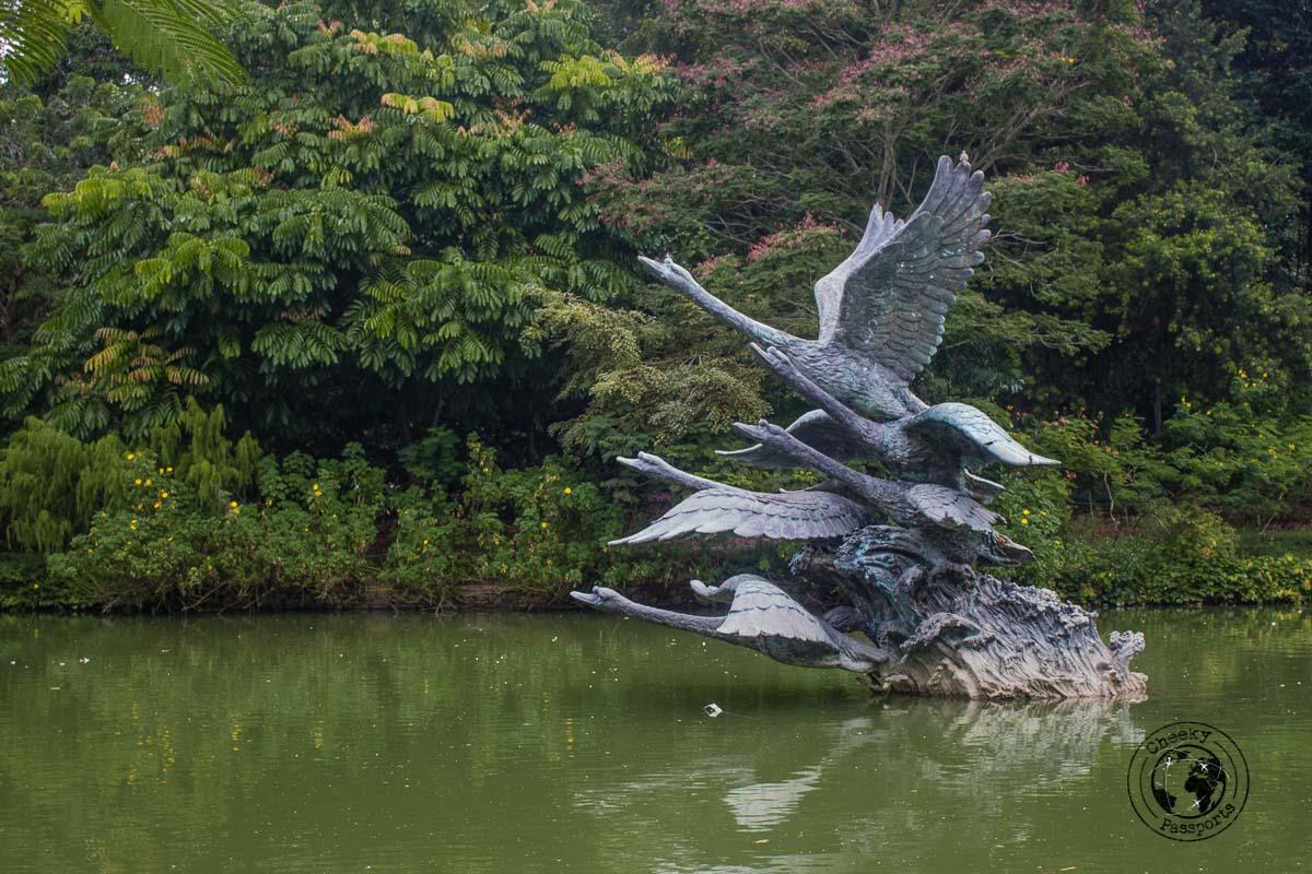 Botanic GArden Statue - 3 days in Singapore