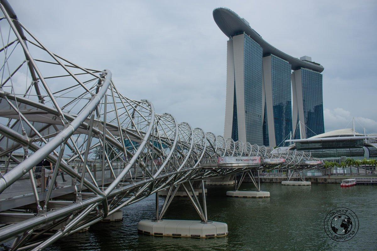 Double Helix Bridge - attractions around marina bay