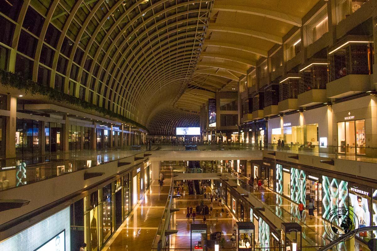 Marina Bay Mall - atractions around marina bay