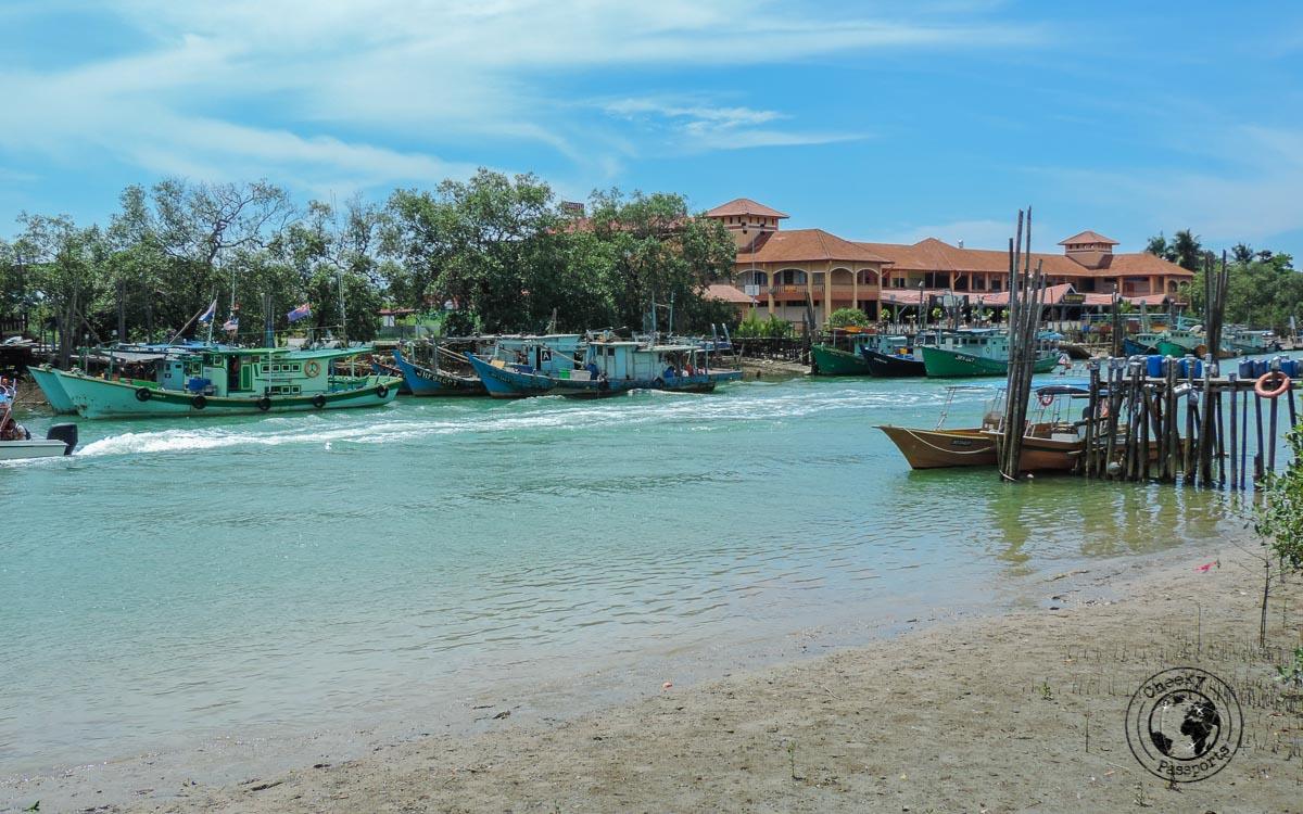 Mersing dock gateway to getting to Tioman Island - Beaches, Monkeys and Jungle treks on Tioman Island - Pulau Tioman