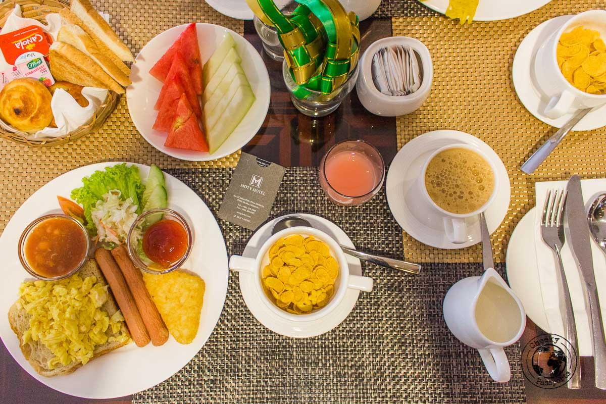 Moty Hotel Breakfast - Things to do in Melaka