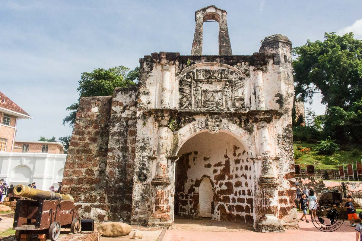 Porta de Santiago - Where to stay in Malaysia - Things to do in Melaka