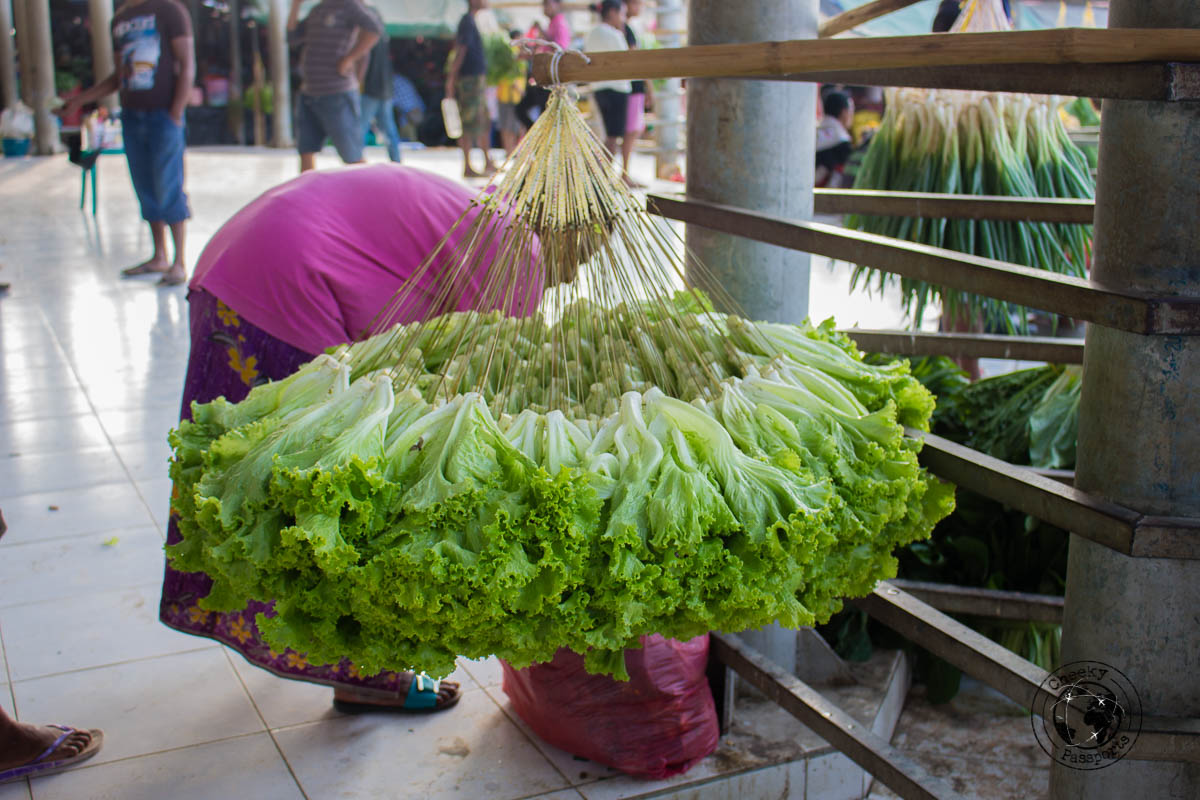 Exceptionally nice lettuce at taibesi market - Things to do in Dili, Timor Leste