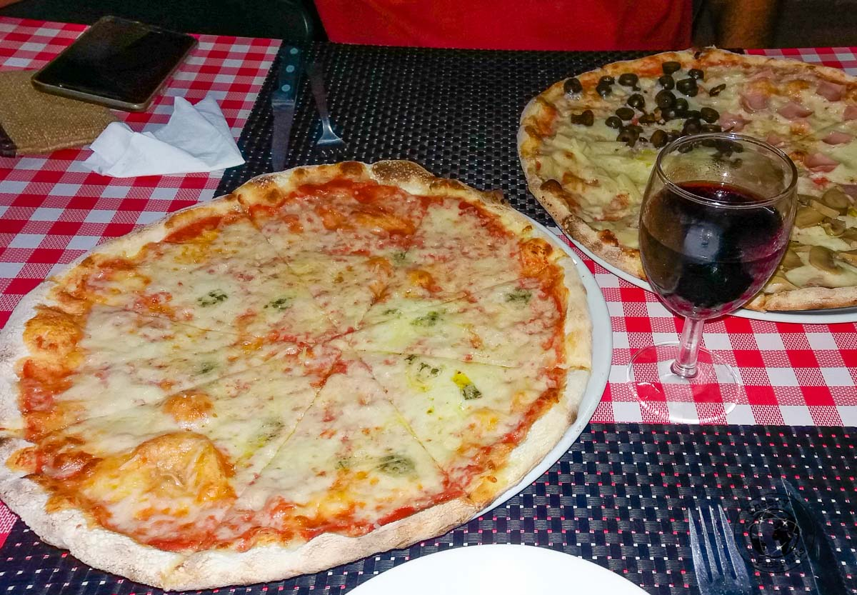 Pizza in Dili - Things to do in Dili on a budget
