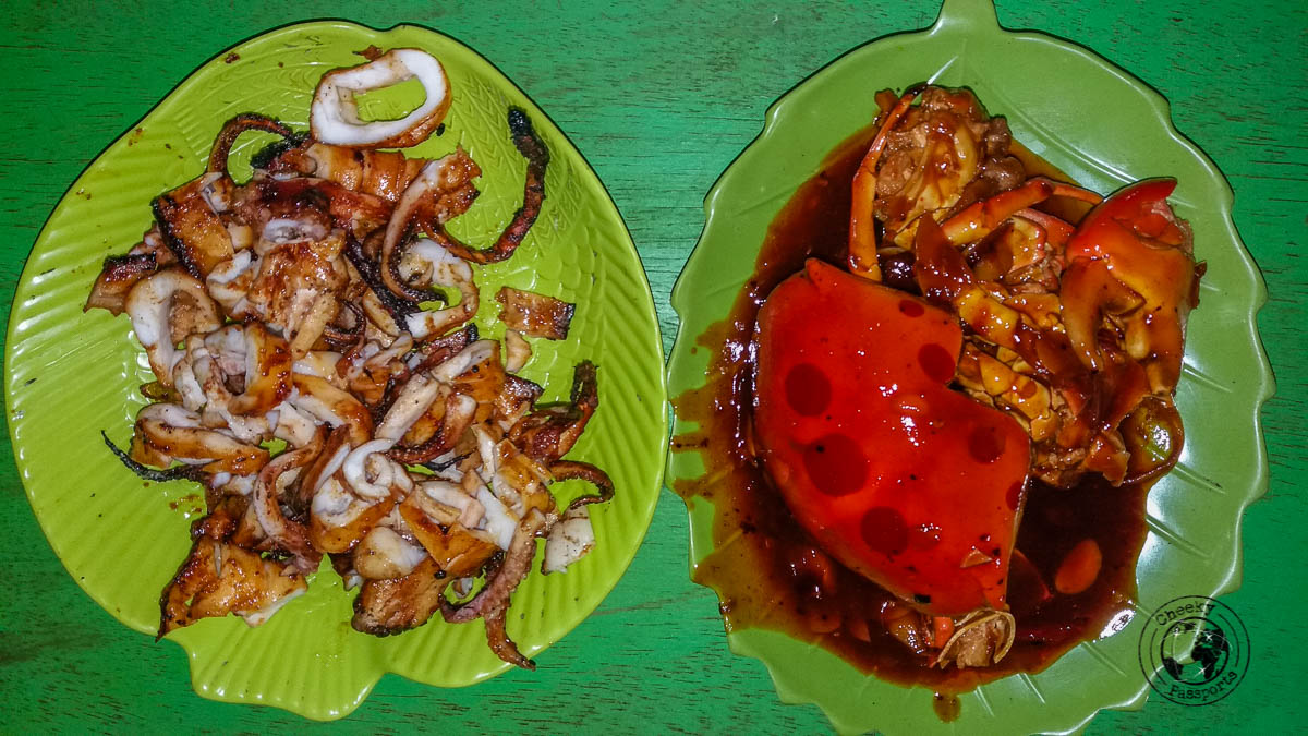 Calamari and crab meal - All about travelling in Karimunjawa