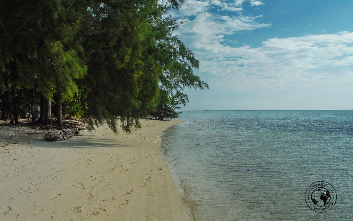 Island Hoping in Karimunjawa - Karimunjawa Islands Travel Guide and Information