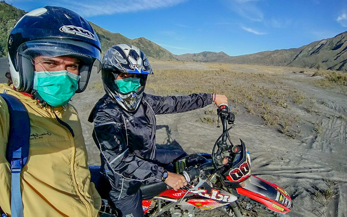 Kurz and Leon from Dreamtripofalifetime on their motorbike journey to Bromo - Mount Bromo Sunrise and Kawah Ijen Blue Flames in 2 days (without a tour)