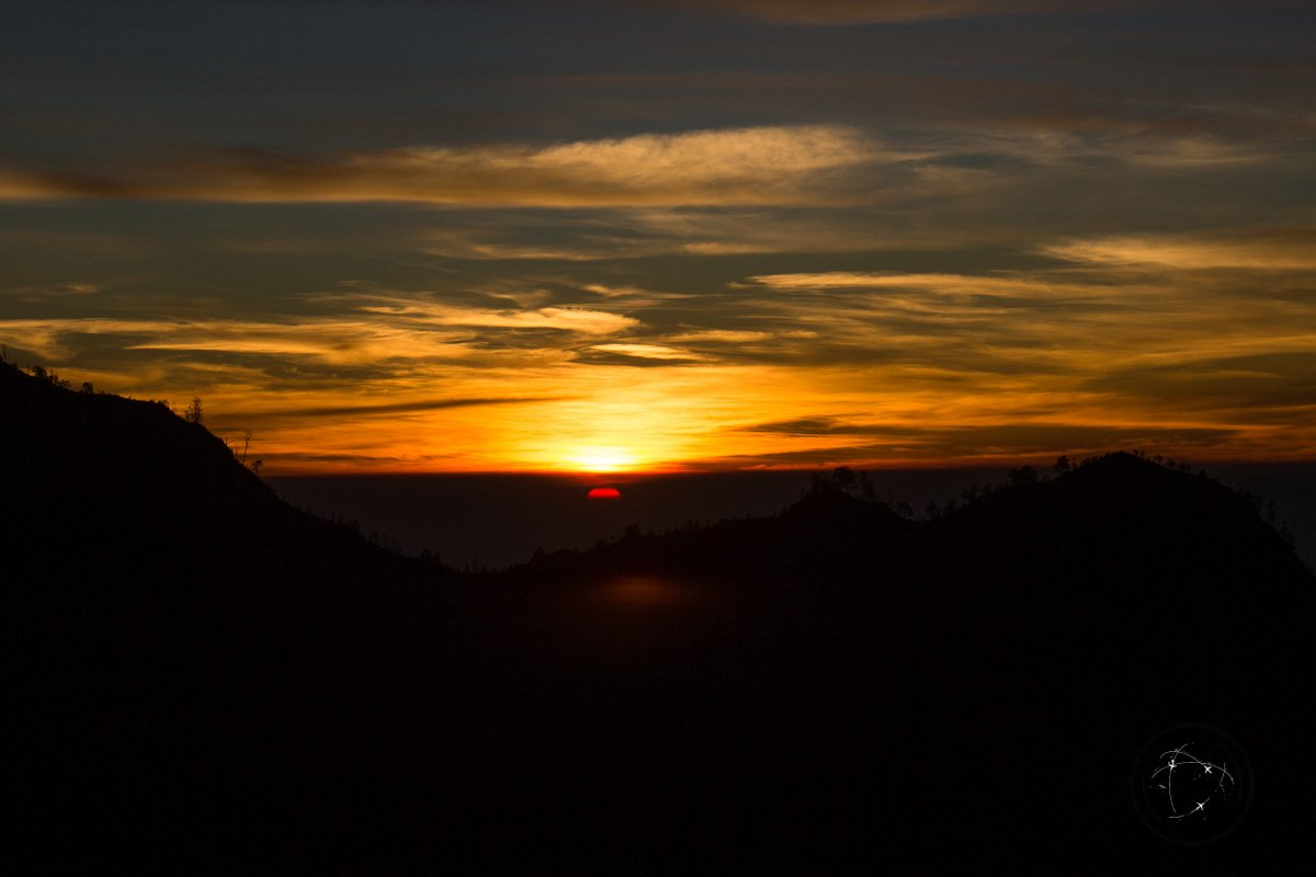 Sunrise viewpoint over cemoro lawang - Mount Bromo Sunrise and Kawah Ijen Blue Flames in 2 days (without a tour)