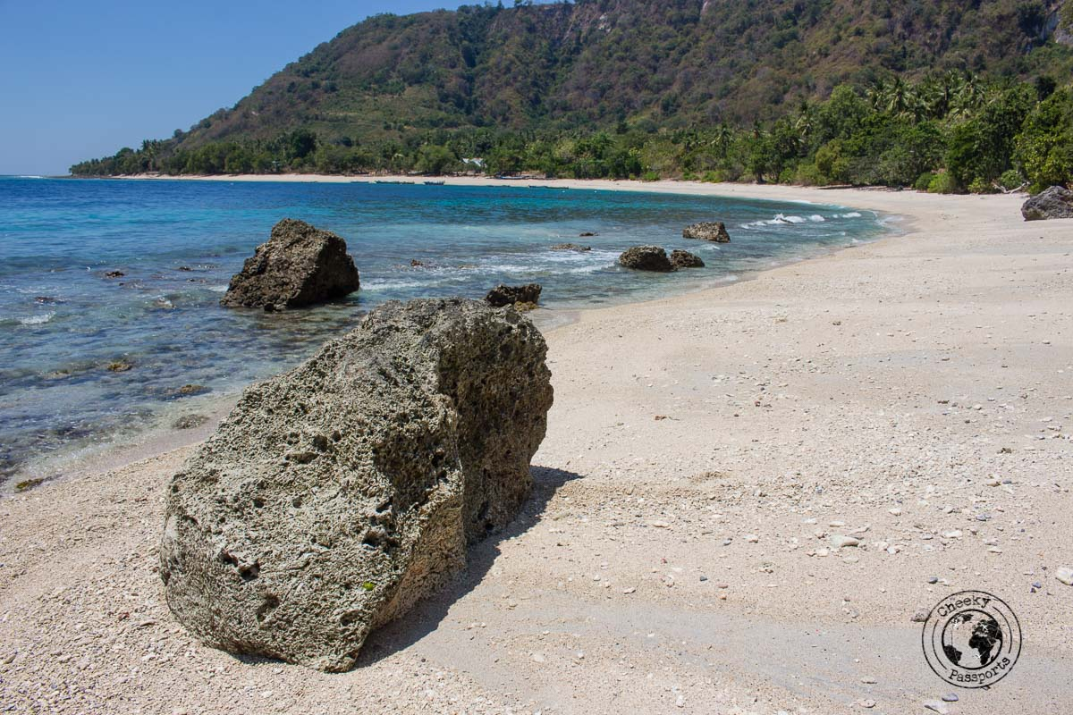 Pantai Batu Putih - All About Alor Island, Indonesia
