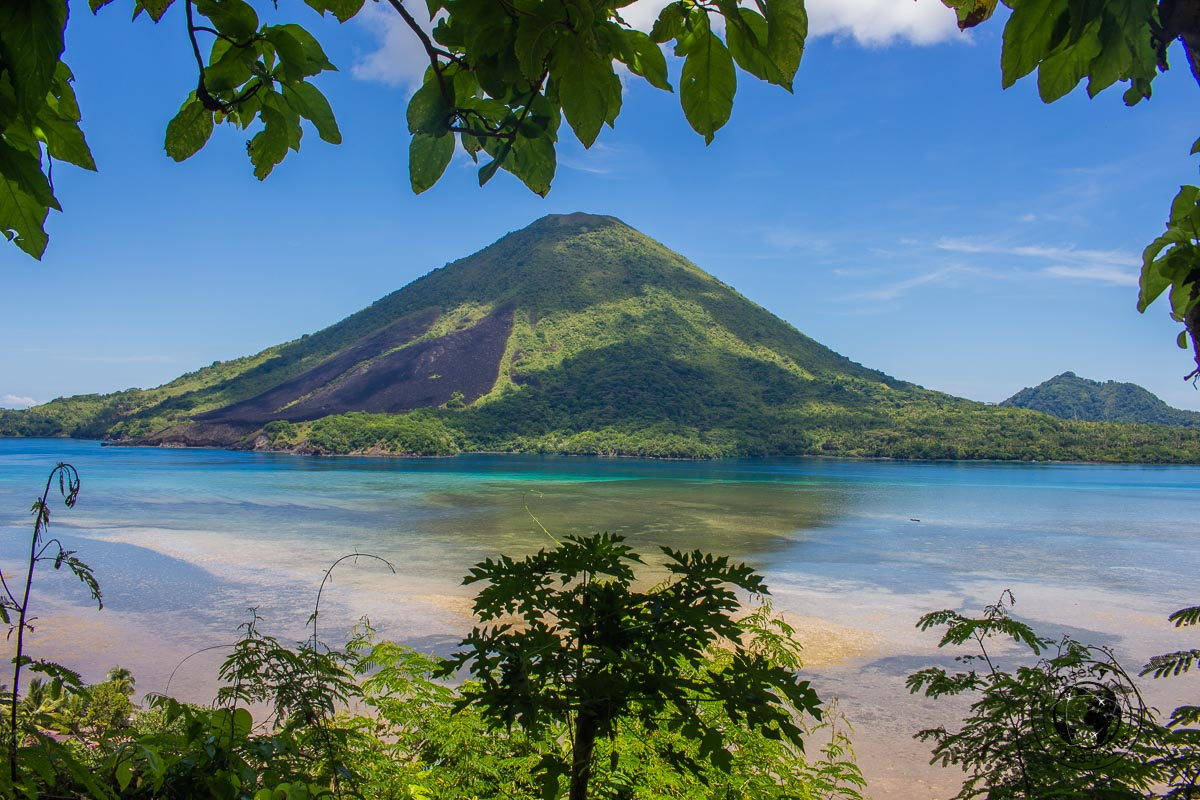Sailing around Banda Islands - Our Best Travel Moments this year 2017