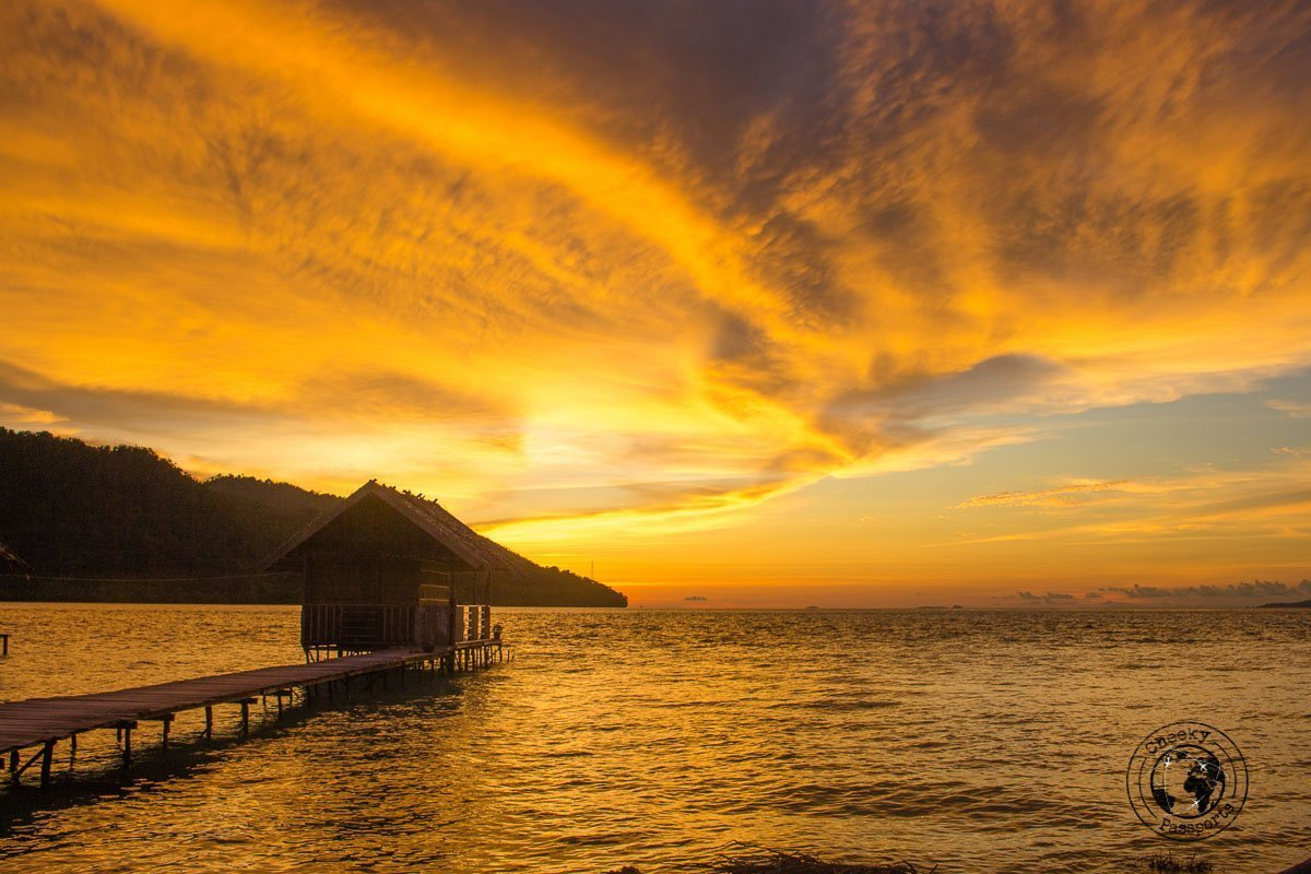 Another fabulious sunset on Kri island - travel expenses in Indonesia