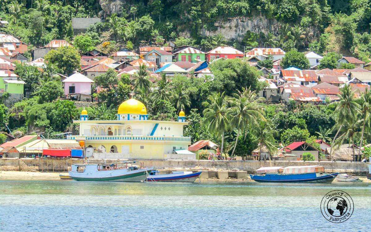 Banda Run village and mosque in Banda Islands, Maluku