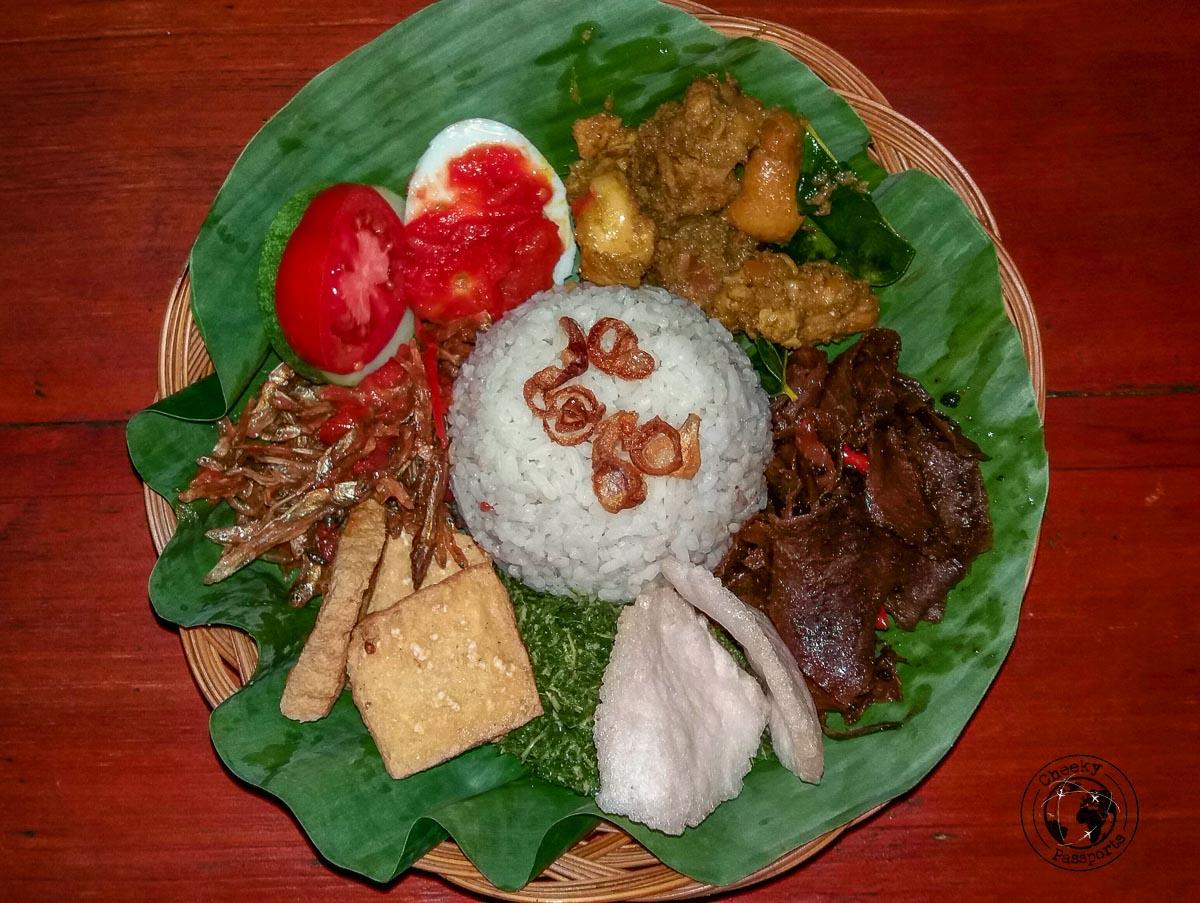 Food in Tana Toraja can be good!