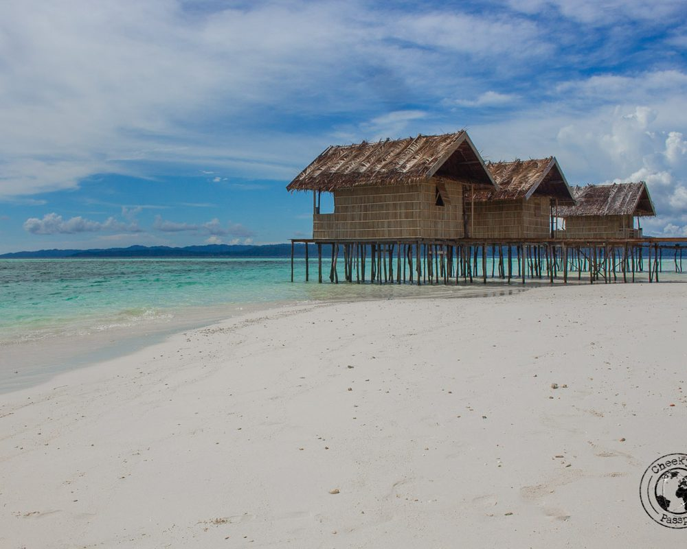 Travel to Raja Ampat on a Budget (of €30 a day!)