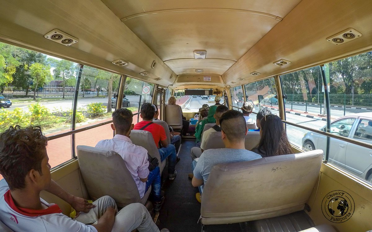 Getting around Brunei by bus to see the best tourist spots in Brunei