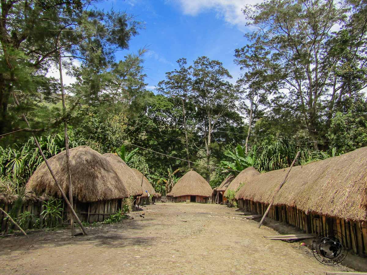 Jiwika village just off Wamena