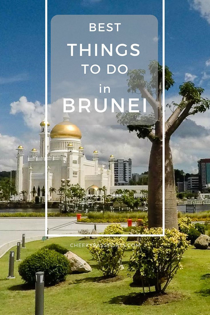 Things to do and tourist spots in Brunei - The little Sultanate of Brunei is seldom considered as a travel destination because, quite frankly, there aren't a whole lot of things to do in Brunei. We gladly discovered that although there is no need to spend much time in the country, there were enough activities to keep us occupied for a couple of days. #brunei #budgettravel #touristattractions
