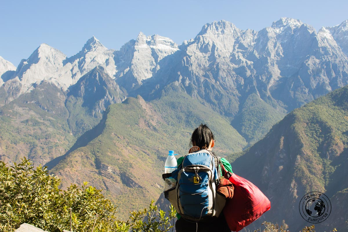 Better pack light whilst trekking tiger leaping gorge