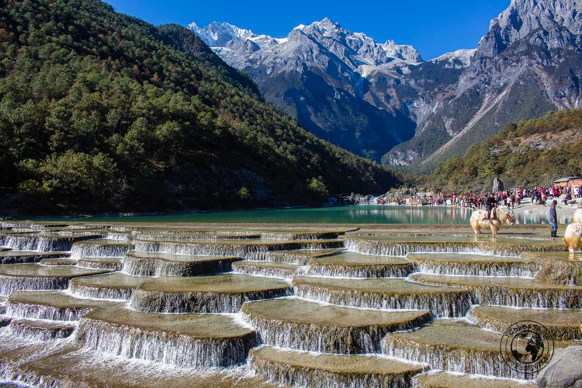 The cascades at the Blue Moon Valley - Lijiang attractions