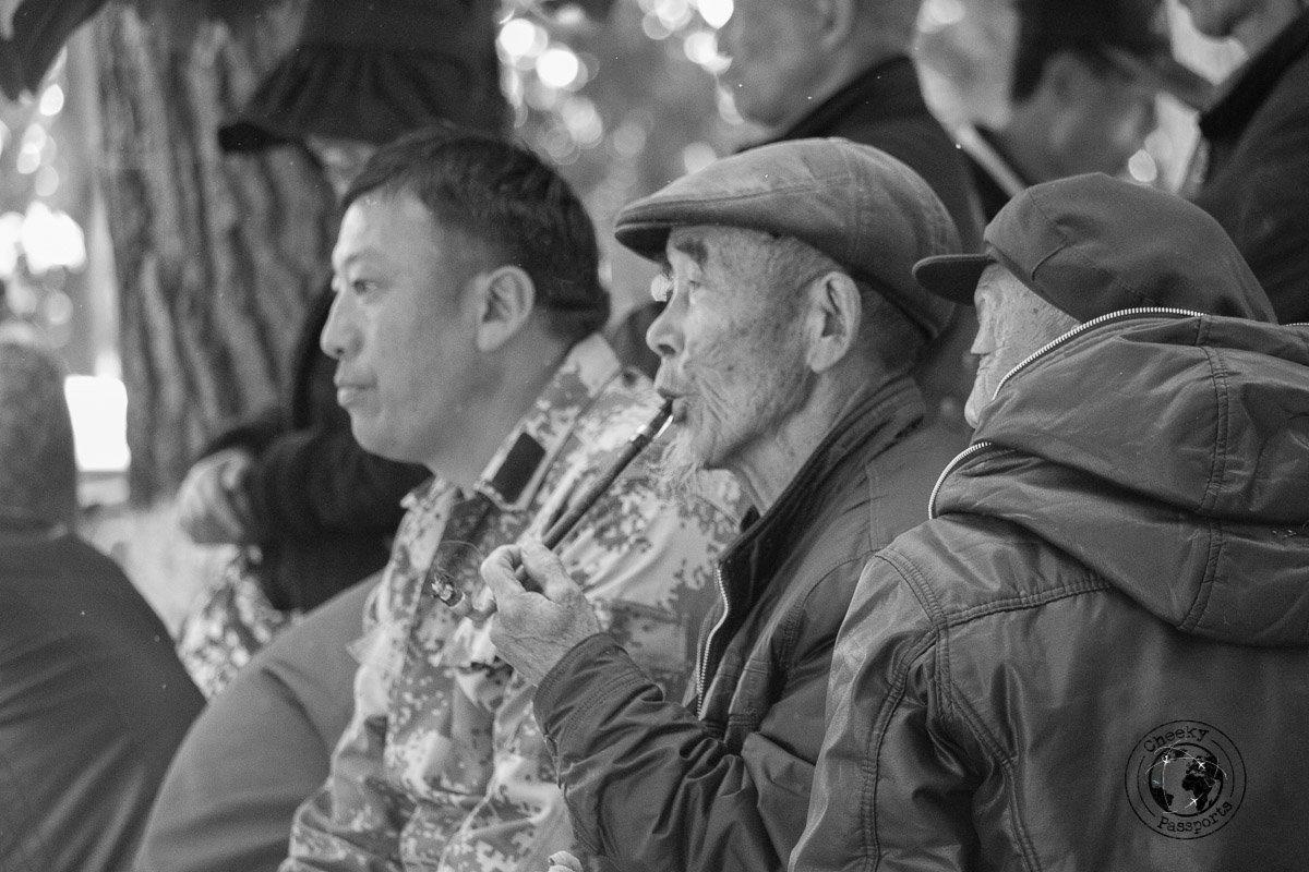 Old chinese men enjoying their day at the Kunming Green Lake Park - Yunnan Travel - A two-week Itinerary for Yunnan