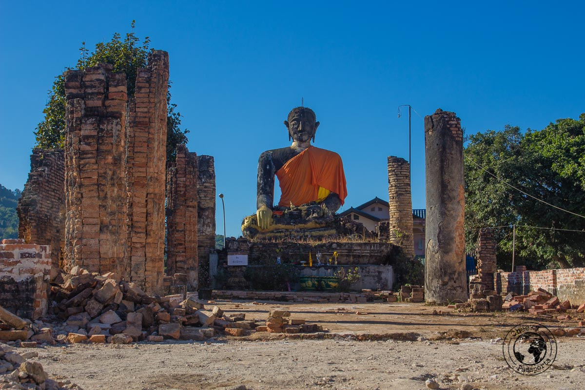 Wat Piawat and its seated buddha - How to visit the Plain of Jars from Luang Prabang