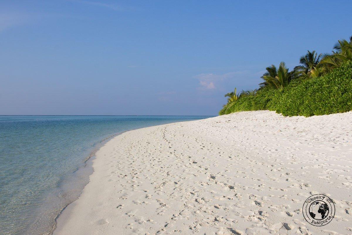 Bikini Beach at Thoddoo - Maldives itenerary