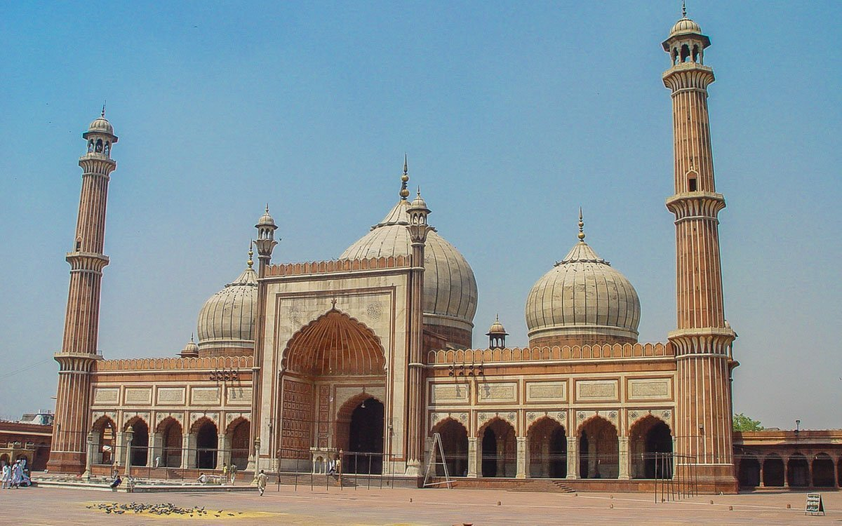 Jama Masjid Mosque - photo credit Jusch - Backpacking in Delhi - Delhi Sightseeing by metro