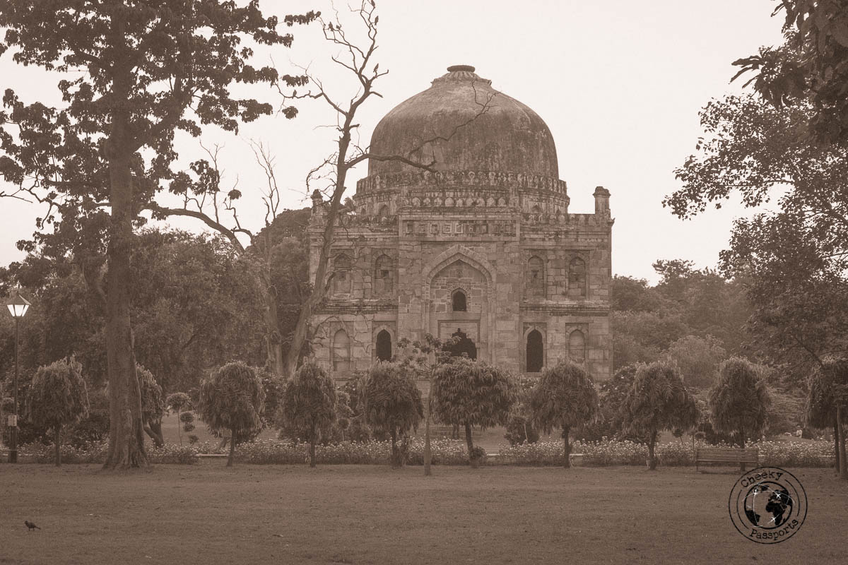 Temple in Lodhi Gardens - Backpacking in Delhi - Delhi Sightseeing by metro