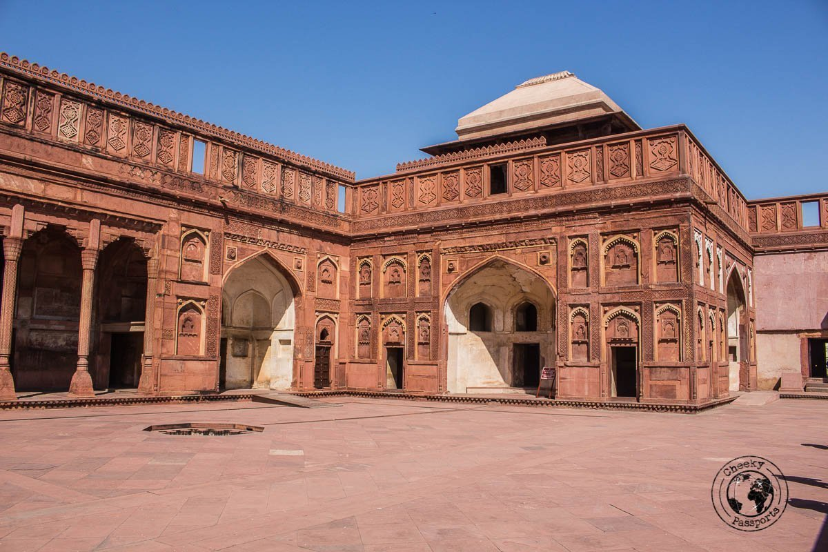 The Red Fort in Agra - Your Guide to Seeing Sunrise at Taj Mahal