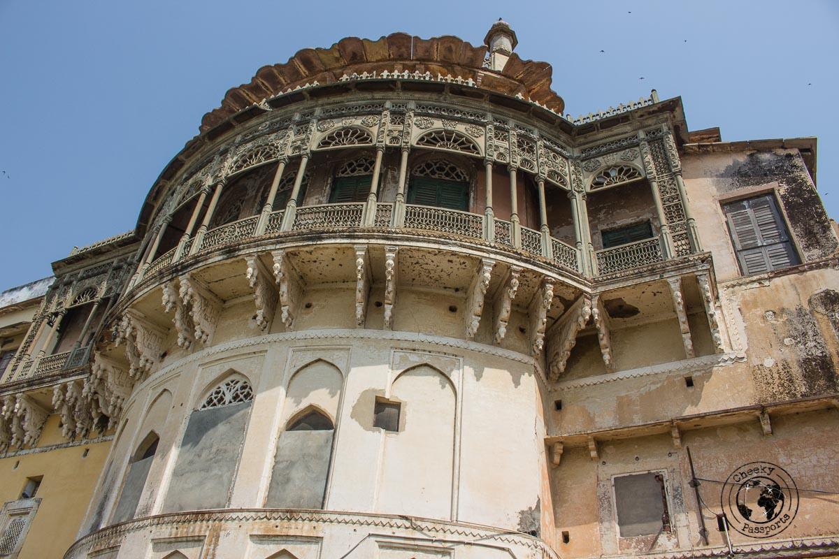 Ramnagar fort facing the ganges - things to do in Varanasi