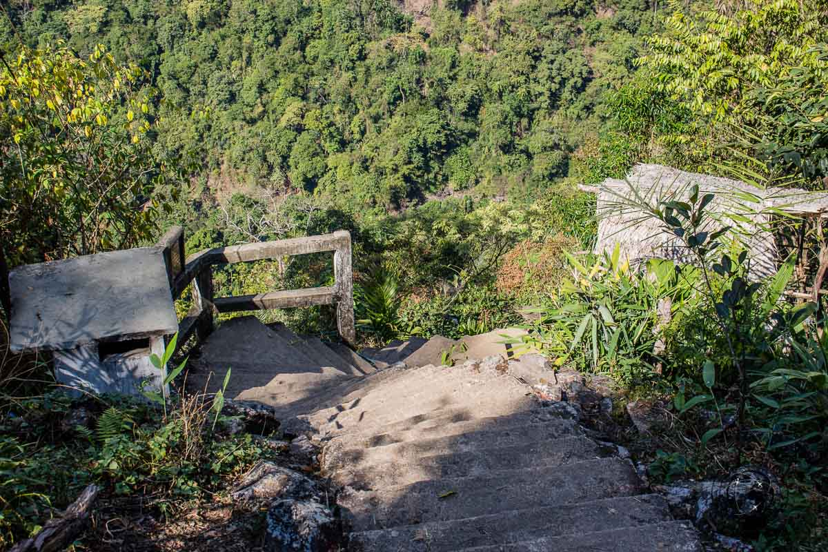 On the way down to nongriat - Places to visit in Meghalaya
